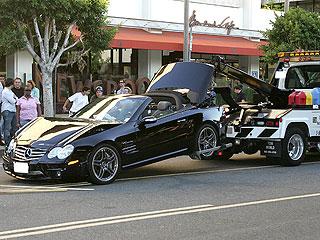Lindsay-Lohan-Mercedes-SL65-AMG