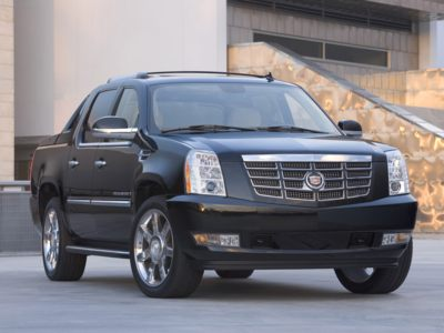 2011 Cadillac Escalade EXT incentives for September include a 72-month 2.9% interest rate