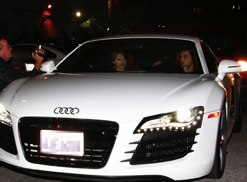 Taylor-Swift-Taylor-Lautner-Audi-R8