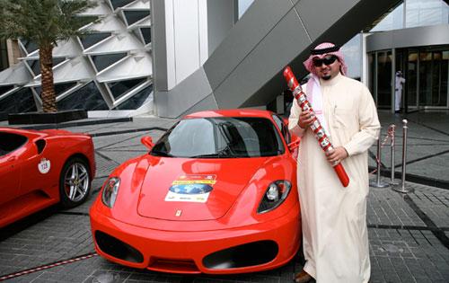 saudiprinceferrari60relaybaton500.jpg