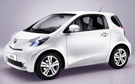 toyota-iq-small-car-001.jpg