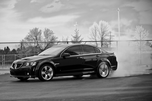 Pontiac G8 burnout picture