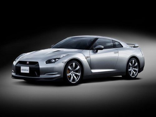 Nissan GTR picture