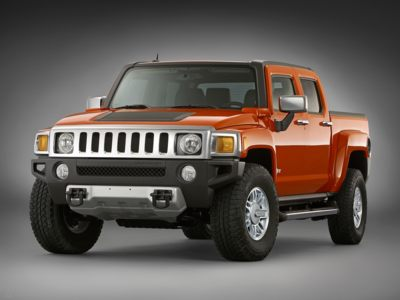 The 2010 Hummer H3t will be available with a flex fuel engine that can run on E85.