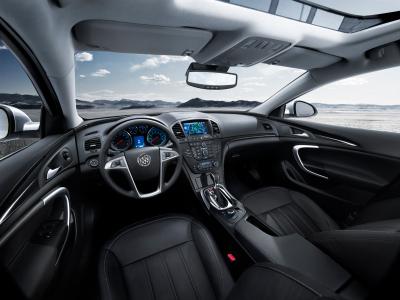 2011 Buick Regal interior