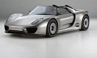 Porsche 918 spyder concept car