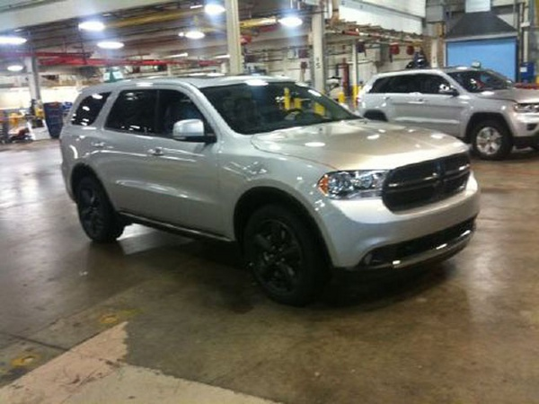 2011 Dodge Durango spy shot