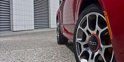 2012 Fiat 500 wheel