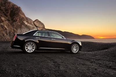2011 Chrysler 300 3